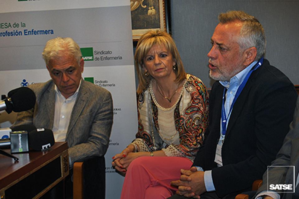 Víctor Aznar lidera el debate de la Enfermería ante las elecciones del 26J